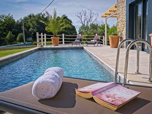 Villa Carica, am Pool